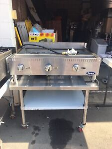 Atosa Heavy Duty Stainless Steel 36 inch Manual Griddle Propane Work Table