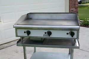Toastmaster Pro series 36 Griddle Lp Gas 3 4 Plate used