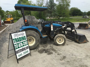 2001 New Holland 1530 4x4 Hydro Compact Tractor W Loader Needs Work