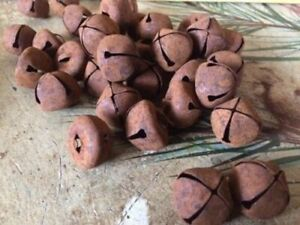 30 Primitive Rusty Tin Jingle Bells 25mm 1 1 In Christmas Crafts Rust Rusted