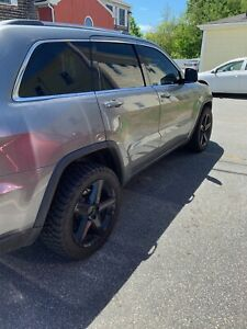 Jeep Grand Cherokee 20 Str8 Black Rims With Terrain Offroad Tires Barely Used