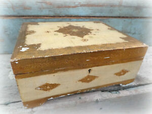 Vintage Florentine Jewelry Music Box Chest Gold Gilt Italian Italy Antique