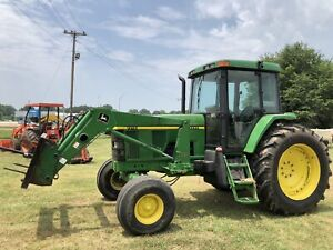 John Deere 7210 Tractor With 720 Loader Power Quad Left Hand Reverser