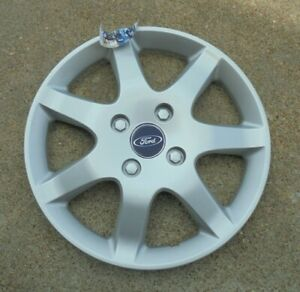 15 2005 06 Ford Focus 7 Spoke Silver Painted Hubcap Wheel Cover