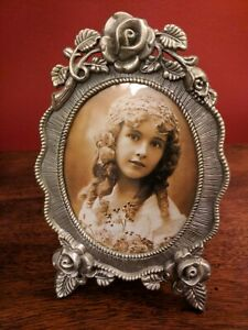 Vintage Carved Metal Picture Frame Oval With Roses Leaves 4 X 3 5