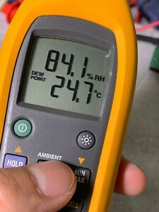 Fluke 971 Handy Dew Point Wet Bulb Test Portable Temperature Humidity Havc Meter