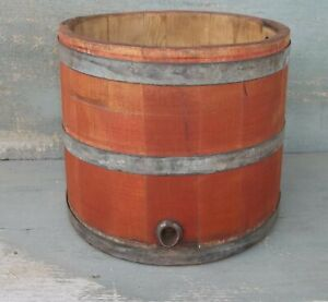 Old Painted Primitive Wooden Water Bucket Country Home Or Porch Decor