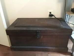 Wooden Vtg Antique Chest Tool Box Pull Out Rare Nice Sturdy 29 X16 X30
