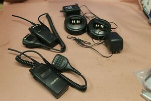 Motorola Ht 750 2pcs Uhf Fm Transceiver 2 Way Radio With Charger