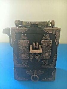 Antique Vintage Chinese Yixing Clay Zisha Chest Of Drawer Shape Teapot Marked