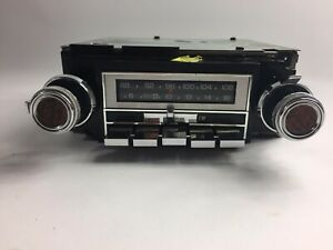 Vintage Gm Delco Radio Model Gm2700 Am Fm