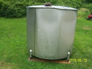 Perry Products Company 500 Gallon Stainless Steel Tank With Lid