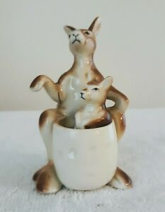Gorgeous Vintage Kangaroo Mama With Joey In Pouch Salt And Pepper Shakers