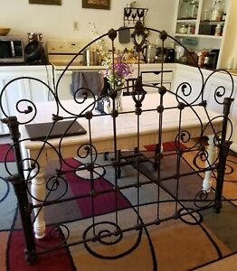 Vintage Antique French Provincial Wrought Cast Iron Twin Bed Headboard Footboard