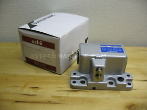 Azbil Limit Switch With Ldvs 5204s With 2 Plunger Omron Vb 2121