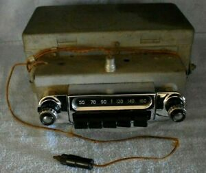 Vintage 1953 1954 Chevrolet Am Car Radio Model 986668 With Face Plate And Wiring