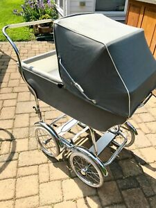 Vintage Baby Stroller Pram Buggy Photo Prop Gray Euc Wheels Say Holland