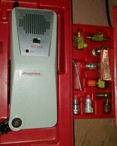 Snap On Act 5500 A C Halogen Leak Detector In Case Bluepoint Act400 Ac Kit