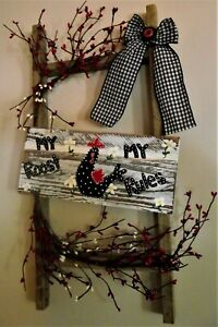 Primitive Ladder Country Farm Rooster Decor Wall Hanging