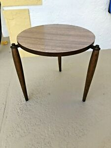 Vintage Mid Century One Round Formica Stacking Nesting Table Tripod Legs