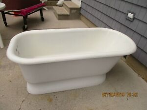 Vintage 5 Foot Pedestal Tub Cast Iron Ready To Install Condition Can Ship