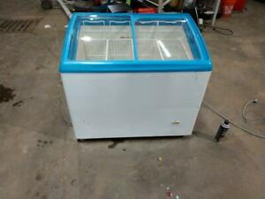 Retail Ice Cream Freezer