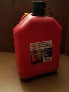 New Vintage Blitz 2 Plus 2 Gallon 8 Oz Pre ban Vented Gas Can 11810 Usa 1997