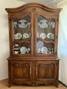 Ethan Allen China Cabinet Hutch Lighted French Country Provincial Pickup Only