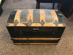Vintage 1800 S Metal Inlay Camel Back Steamer Trunk Extremely Rare