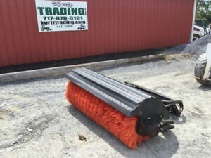 2012 Bobcat 68 Angle Broom Attachment For Skid Steer Loaders