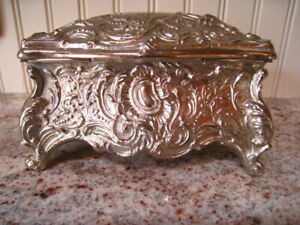 Vintage Large Jewelry Box Silver Tone Silk Lined Made In Italy 6 X 3 5