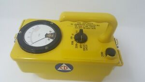 Great Gamma Radiation Detector Victoreen Cdv 717 Geiger Counter Cold War Prop