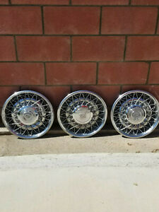 Oem 1975 To 1984 Cadillac Deville Or Fleetwood Wire Spoke 15 Inch Hubcaps 3