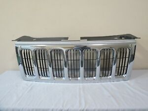 06 07 08 09 10 Jeep Commander Front Radiator Bumper Grille Chrome Oem Limited