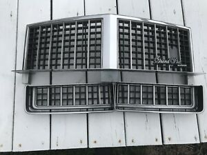 1985 1987 Pontiac Grand Prix Center Upper Left Right Lower Grill Grille