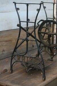 Ornate Cast Iron Vintage 1800s White Treadle Sewing Machine Base Great Condition