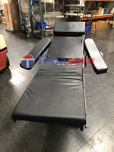 Amsco Steris 3080 Operation Or General Surgery Exam Table Bed W Hand Remote