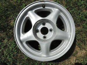 One 16 Ford Mustang Oem Alloy Wheel 4 Lug 4x108mm 16x7 4x4 25