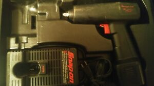 Snap On Model Ct30 3 8 Cordless Impact Wrench 9 6v Untested Needs Battery