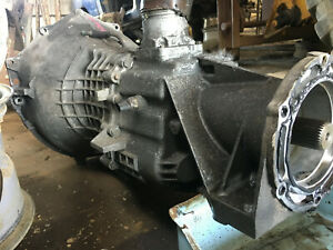 88 92 Chevy Pick Up Truck Manual Transmission 4x4 5 Speed Integral Bell Housing