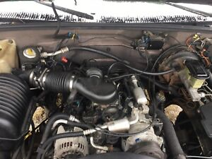 96 00 Chevy Gmc Pick Up Truck Van Suv 5 7l 350 V8 Gasoline Engine Motor Vin R