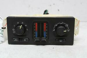 Heat A c Control Chevy Tahoe 05 06 Temperature Control Unit As Seen Opt Cj3 C49