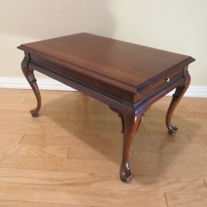 Gordons Queen Anne Style Cherry Wood End Table With Pull Out Side Trays 28x18x17