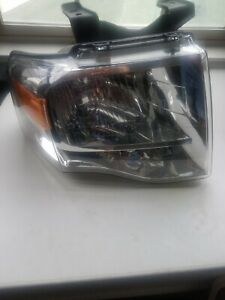 2007 2014 Ford Expedition Headlight Oem Rh Passenger Pre Owned