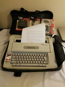 Smith Corona Display Dictionary Typewriter Model Na3hh With Case Tested Working