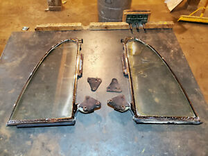 1952 Oldsmobile 88 Hardtop Coupe Quarter Window 51 Buick Cadillac Convertible 53