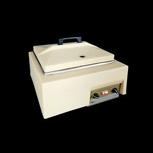 Allied Fisher Scientific 137 Versa Bath 15 458 112 Heated Waterbath W cov