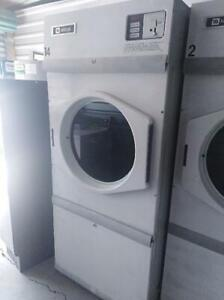 Used Maytag Mdg30 30 pound Single Commercial Gas Coin Dryer