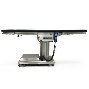 Skytron 6500 Elite Or Surgical Table With Accessories Excellent Condition