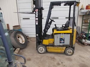 Yale 3000 Lbs Electric Forklift 36 Volt Erc030ahn36tv082